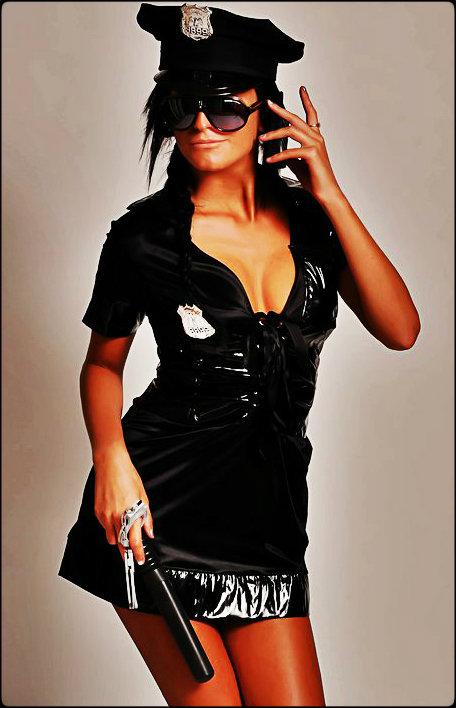 Stripper Politi Dina