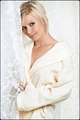Lindsay avatar front 14-2 400