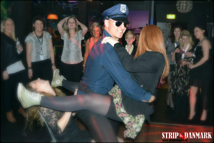 strippers partnerbytte